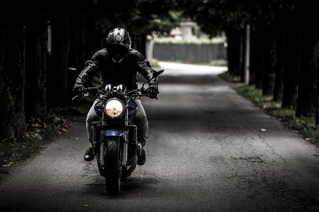 biker-407123_640